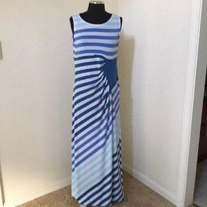 Chico's Sz 1 Blue Combo striped maxi dress